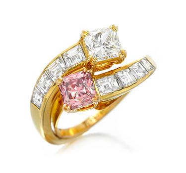 A Fancy Intense Pink Diamond Ring, By Van Cleef & Arpels