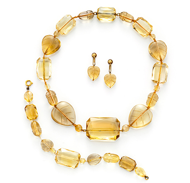 An Antique Carved Citrine and Gold Suite, 19th Century