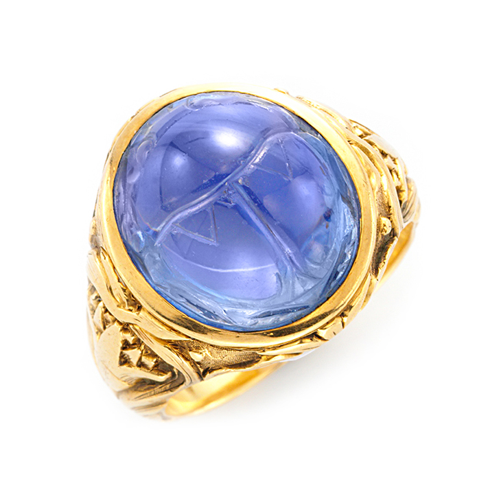 An Art Nouveau Carved Sapphire Scarab and Gold Ring, by Bailey Banks & Biddle,