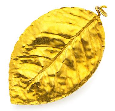 An Antique Gold Leaf Brooch, circa late 19th Century