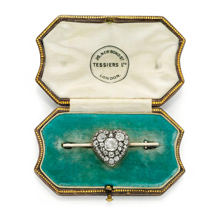 An Antique Heart Pin Bar Brooch, circa 1900