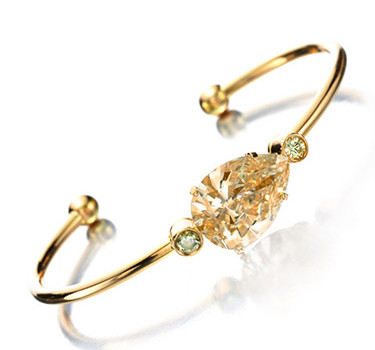 A Rose Gold And Pear-shaped Brown Diamond Cuff Bracelet Of 6.94 Carats
