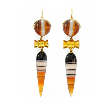 A Pair Of Victorian Banded Agate And Gold Ear Pendants, Circa 1850