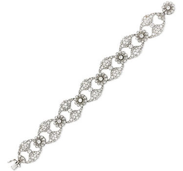 An Edwardian Diamond And Platinum Bracelet, Circa 1905
