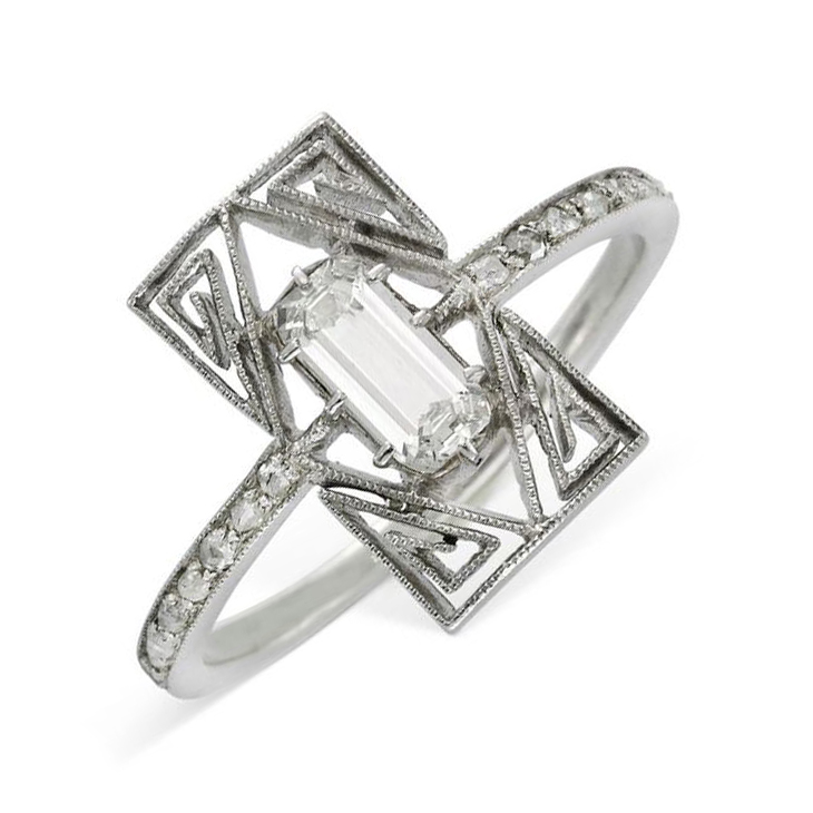 A Diamond and Platinum Ring, by Lalique, circa 1910