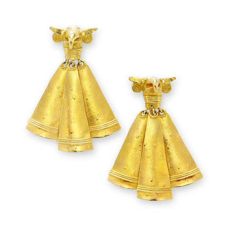 A Pair of Gold Ear Pendants