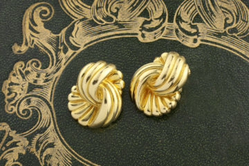 Van Cleef & Arpels Gold Ear Clips