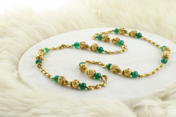 Van Cleef & Arpels Gold And Green Onyx Chain Necklace