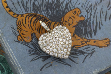 Antique Diamond Set Heart Pendant