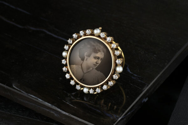 Antique Gold, Diamond And Pearl Photo Frame